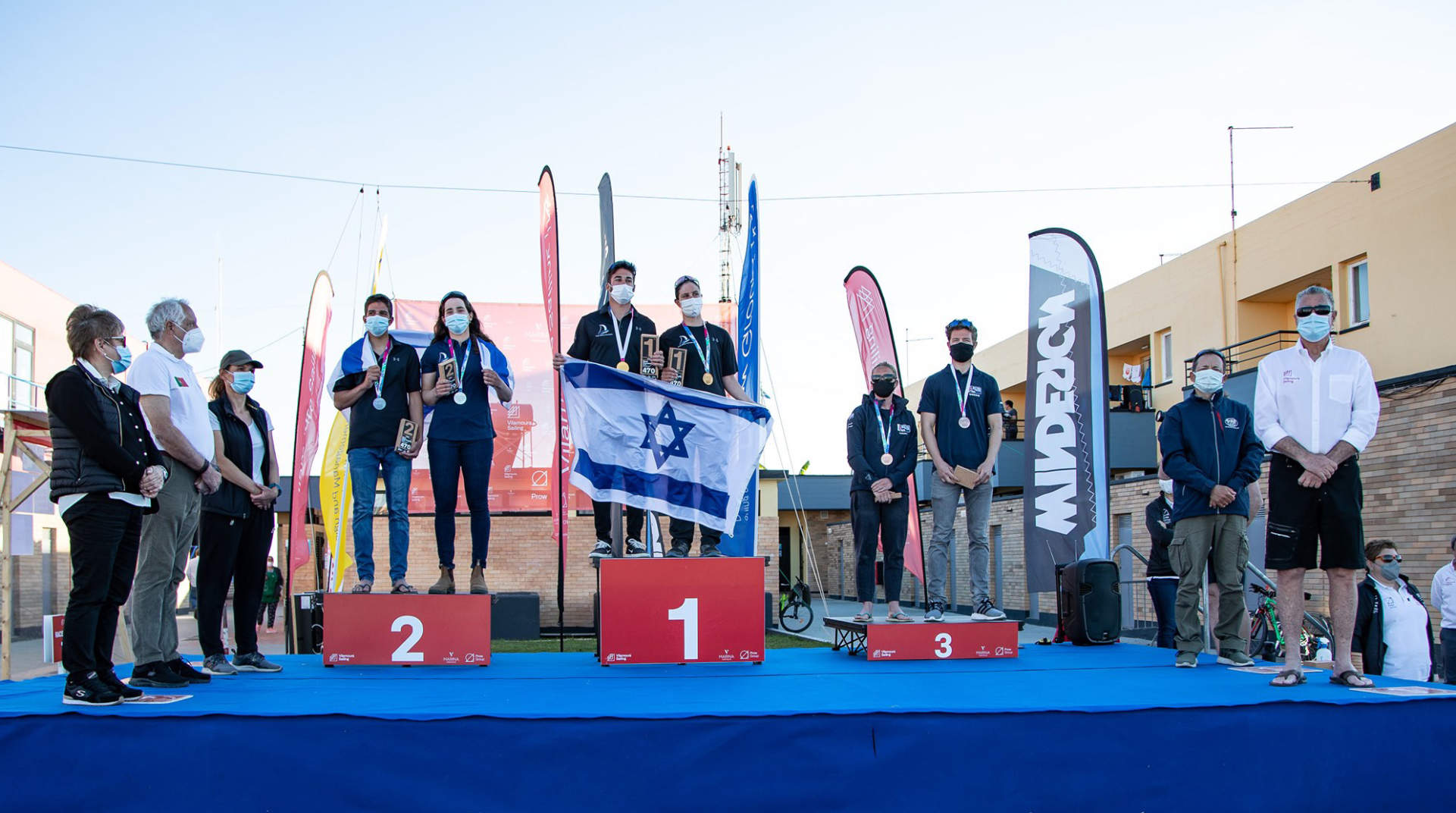 Amy Seabright and James Taylor on the 2021 470 World Championship podium.